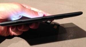Nokia-Lumia-1520-phablet-sideview