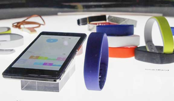 Sony-bracelets-Fitness-smart-bands