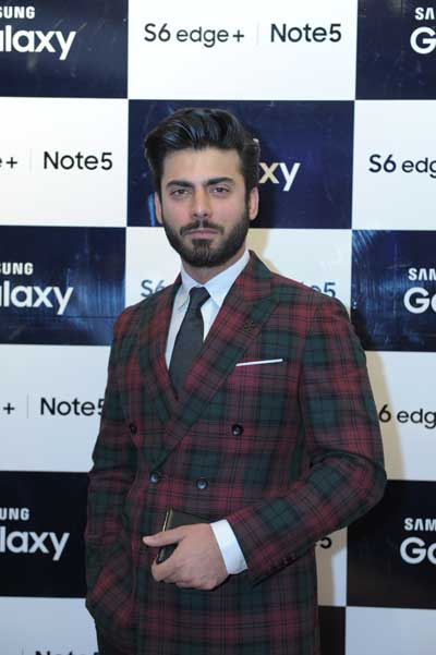 Fawad-Khan-at-Samsung-Galaxy-Lounge
